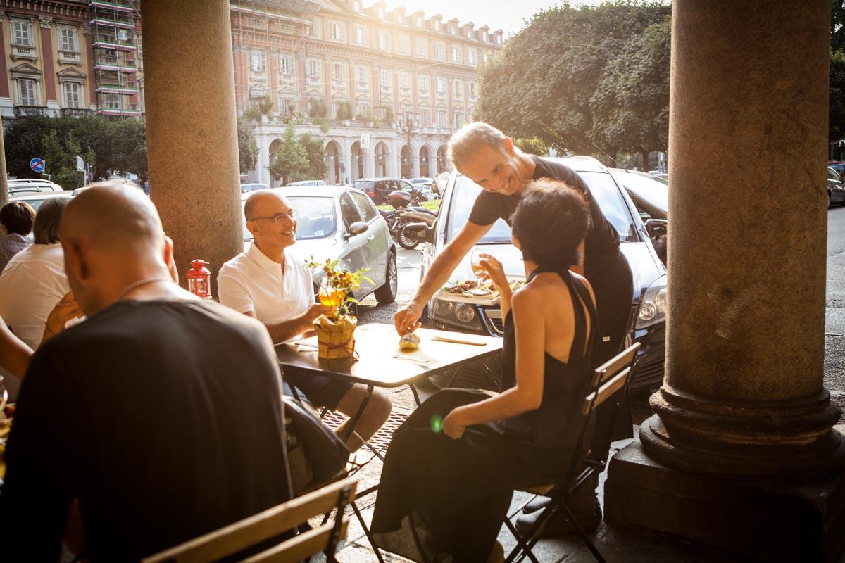 Un dehor che si affaccia su una delle piazze più belle di Torino
